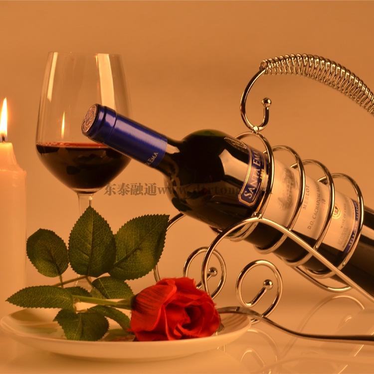 进口红酒在保税
