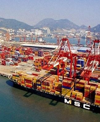 中山港口码头物流